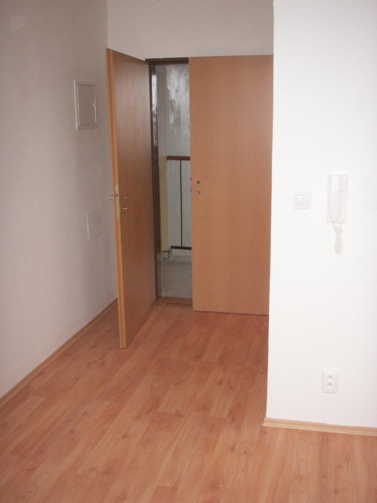 byt č. 21 Dobšinského 3